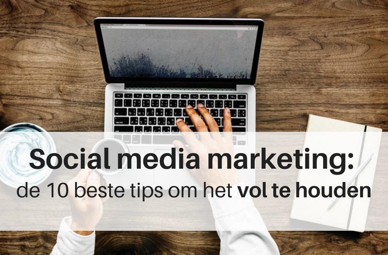 Social media marketing volhouden gaat beter als je een planning hebt. Afbeelding van iemand aan het werk op een laptop | Anneke van der Voort-Kruk, PRminded | Adviseur Social Media Plan en Strategie | LinkedIn trainer | voor ZZP en MKB | Bavel, Breda, Tilburg