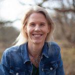 Foto Sandra Brandt, auteur Klaagvrije Maandag | klant van Anneke van der Voort, PRminded | LinkedIn trainer & personal branding op LinkedIn | Bavel, Breda, Tilburg